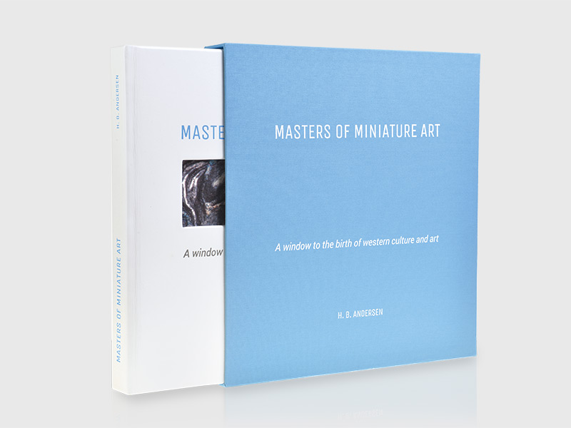 MOMAbook-2
